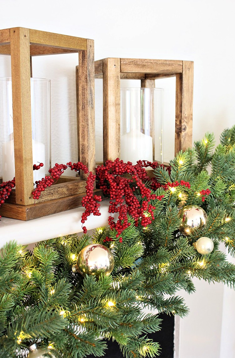 As part of The Holiday Style Challenge series, watch as Jaime Costiglio incorporates a few beautiful holiday decorations available at The Home Depot to create a simple holiday mantel with garland.