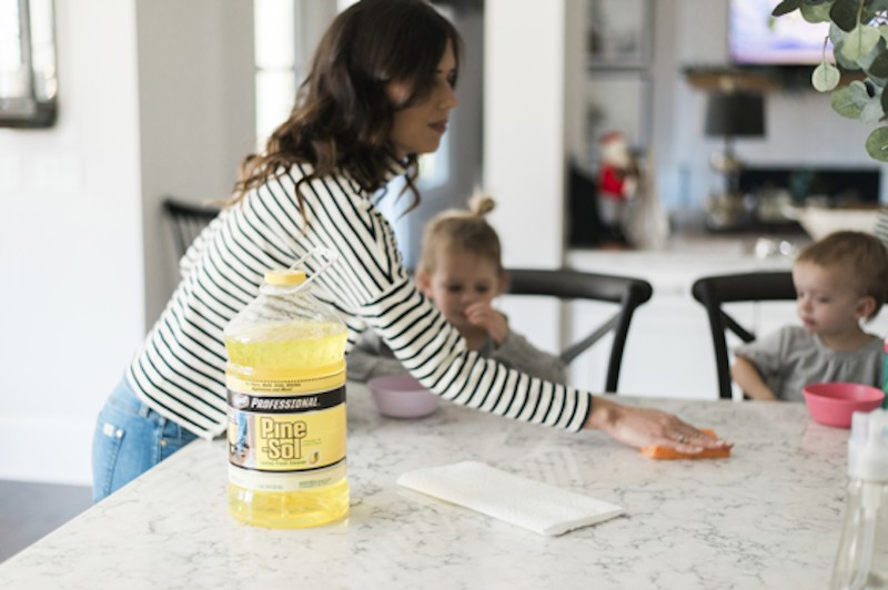 Fighting Cold and Flu Season with Clorox