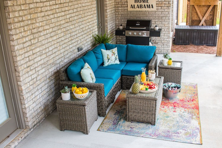 The Perfect Outdoor Summer Patio