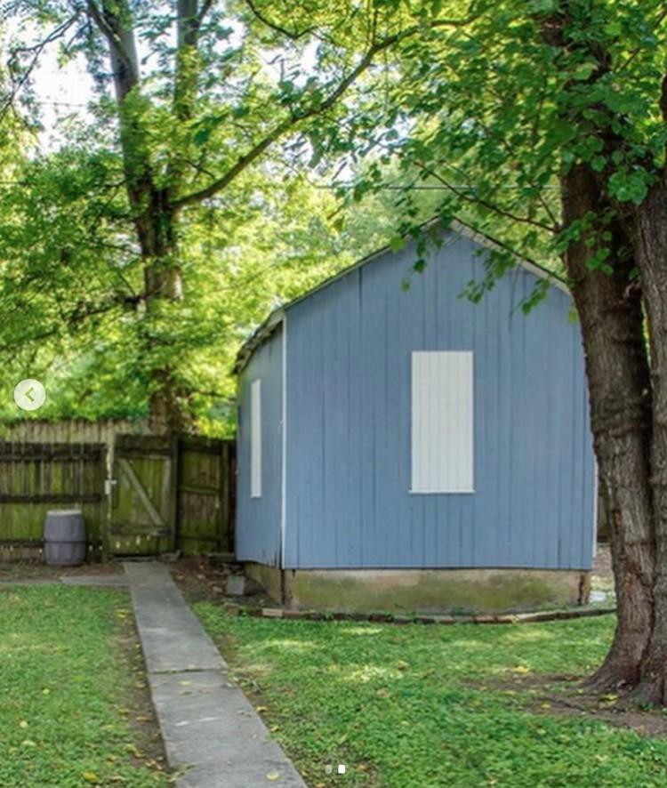 Before & After: A Beautiful Backyard Greenhouse