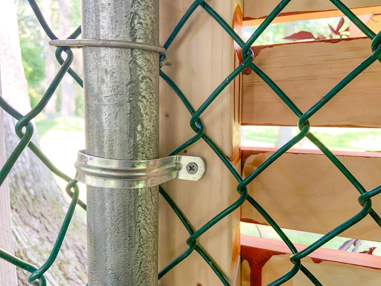 How to Hide a Chain Link Fence to Add Curb Appeal