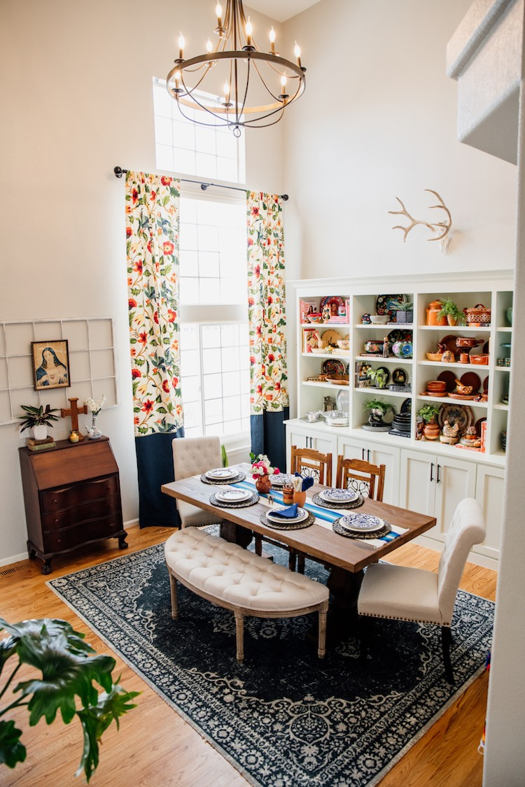 Double-Duty Office Workspace and Dining Room